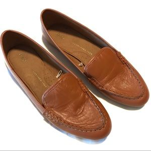 GAP brown soft leather loafers